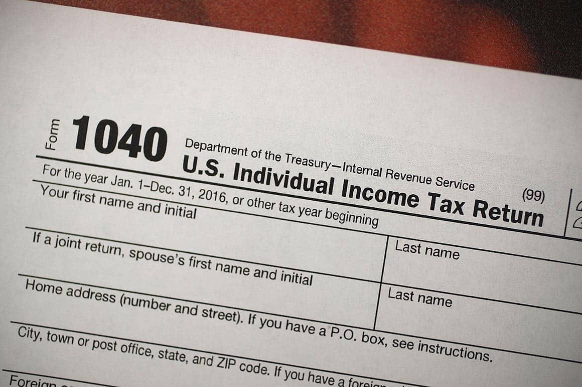Nộp thuế vừa là nghĩa vụ vừa là quyền lợi của cá nhân tổ chức. Khi việc nộp thuế quá so với phần nghĩa vụ phải nộp thì sẽ được hoàn thuế. Vậy thủ tục hoàn thuế thu nhập cá nhân như thế nào?Nộp thuế vừa là nghĩa vụ vừa là quyền lợi của cá nhân tổ chức. Khi việc nộp thuế quá so với phần nghĩa vụ phải nộp thì sẽ được hoàn thuế. Vậy thủ tục hoàn thuế thu nhập cá nhân như thế nào?
