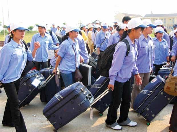 Giấy phép hoạt động dịch vụ xuất khẩu lao động là giấy tờ bắt buộc mà doanh nghiệp phải có để có thể đưa người lao động Việt Nam ra nước ngoài là việc.